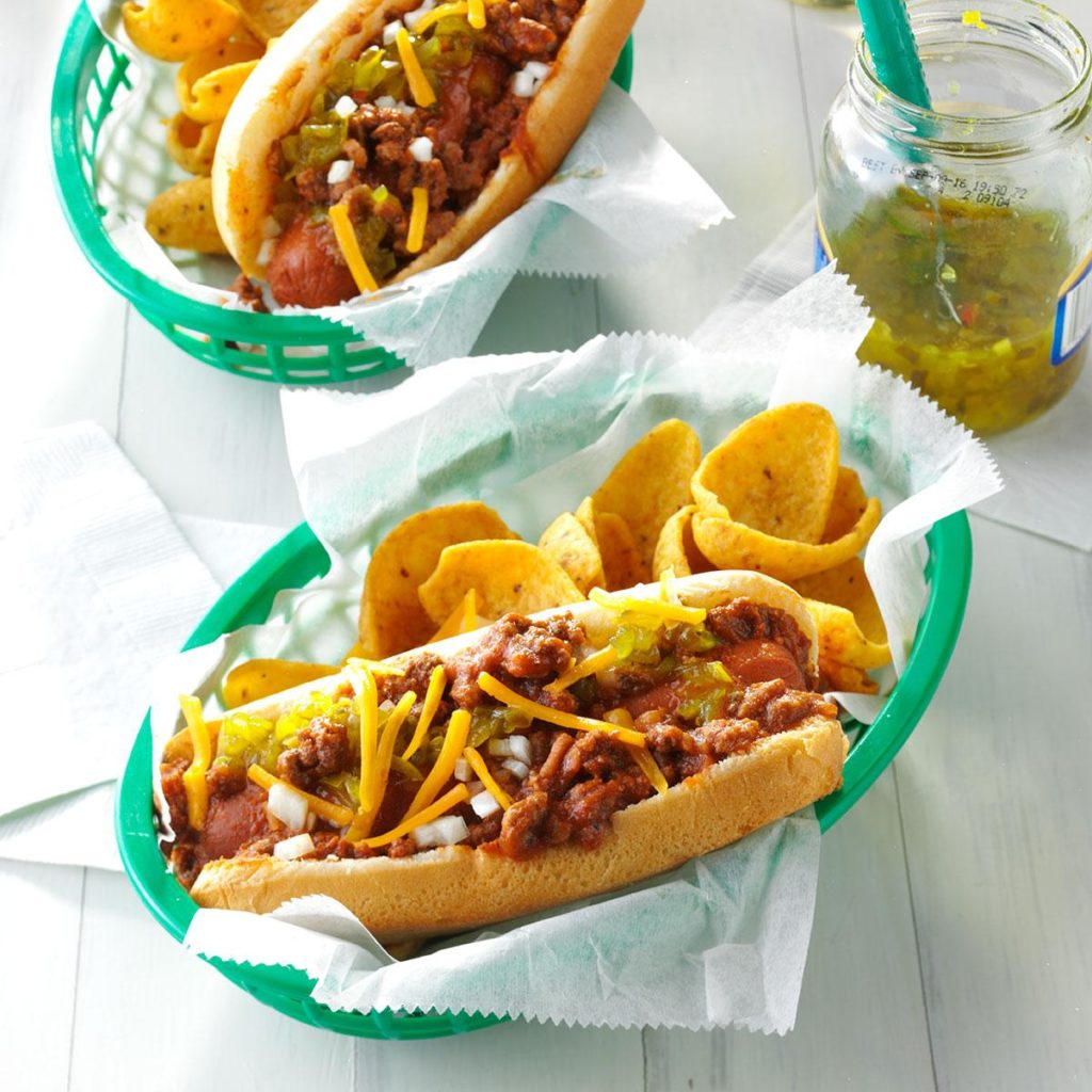 Chili-Coney-Dogs