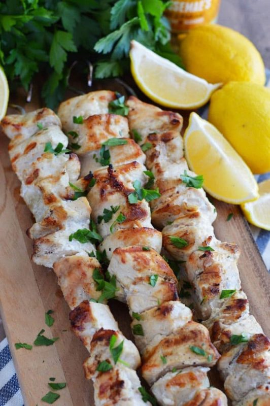 Lemon-Garlic-Chicken-Skewers
